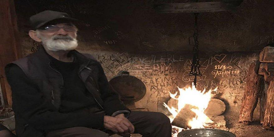 Baba vasiyetini yerine getirdi: İlk kez Nazım Hikmet'in şiirleri Lazca'ya çevrildi