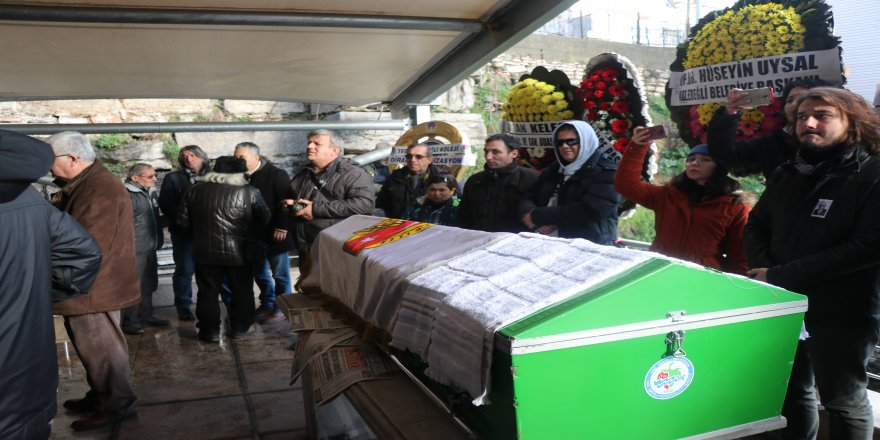 87 yaşındaki gazeteci son yolculuğuna uğurlandı