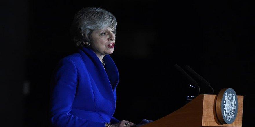 Theresa May'den Brexit için birlik çağrısı