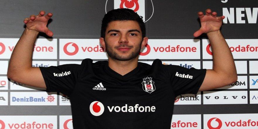Muhayer Oktay resmen Beşiktaş'ta