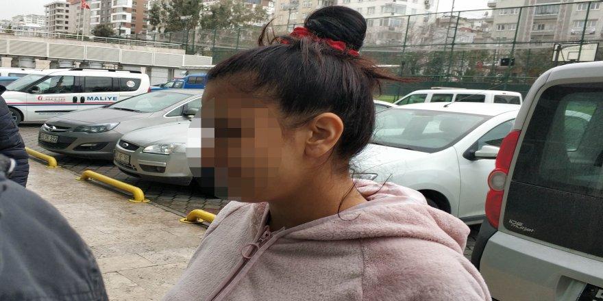 17 yaşındaki kızı erkeklere pazarlayan kadın tutuklandı