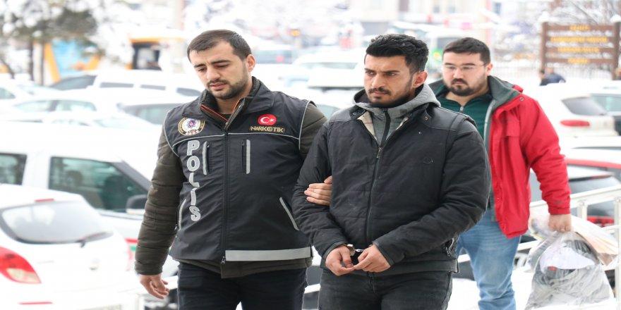 470 gram eroinle yakalanan şüpheli tutuklandı
