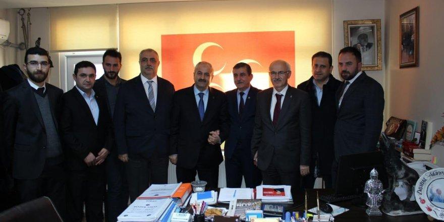 Ayar ve Büyükgöz'den MHP Teşkilatı, Ülkü Ocakları'na ziyaret