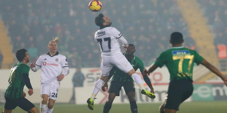 Beşiktaş, Akhisarspor'u mağlup etti