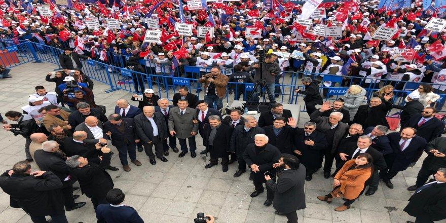 İYİ Parti 20 milletvekili ile Tank Palet Mitingine katıldı