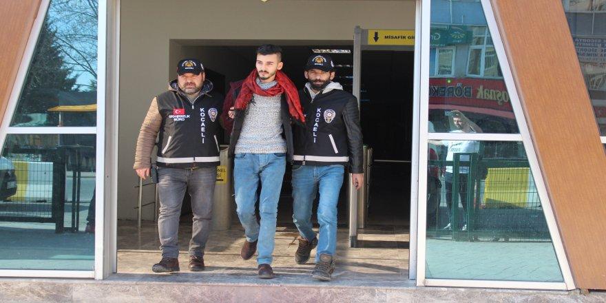 İnternetten sipariş verenlere taş gönderen şahıslar serbest bırakıldı