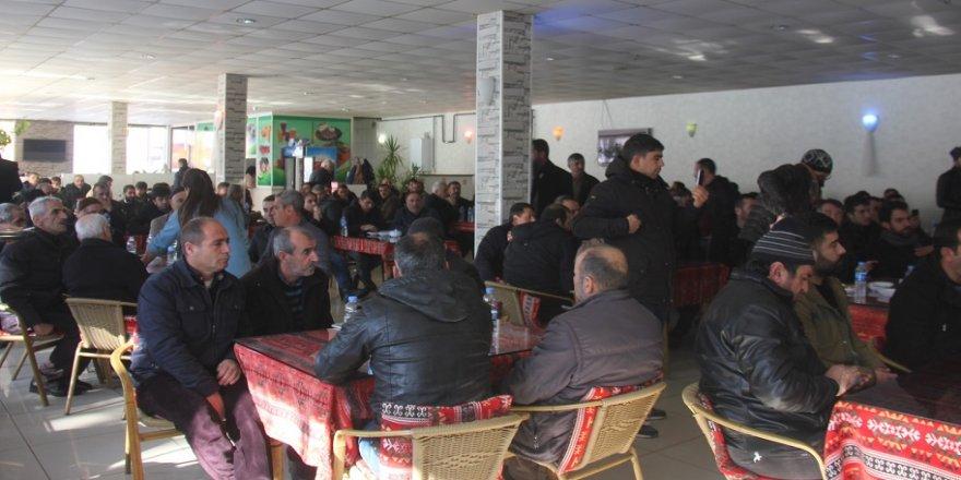 AK Partili 100 kişi MHP'ye geçti