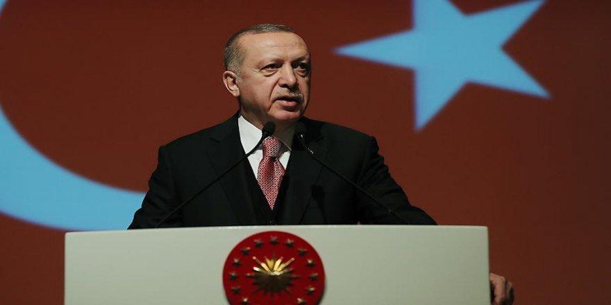 Erdoğan: Nerede olursa olsun darbeye karşıyız