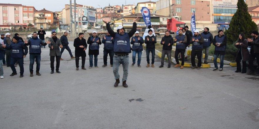 Dilovası'nda işçiler grev başlattı
