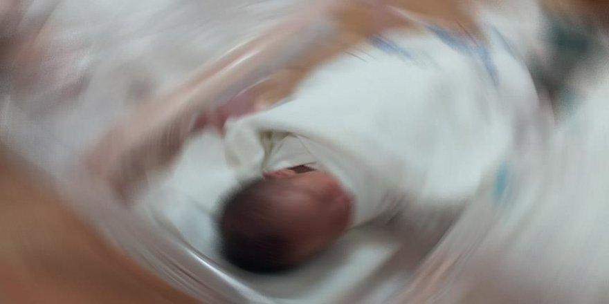 11 günlük bebek hayatını kaybetti