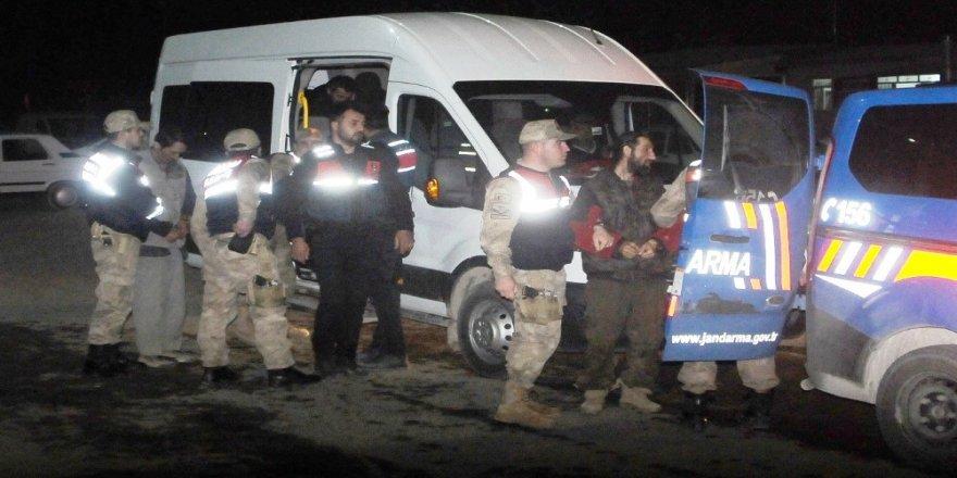 4 DEAŞ'lı tutuklandı