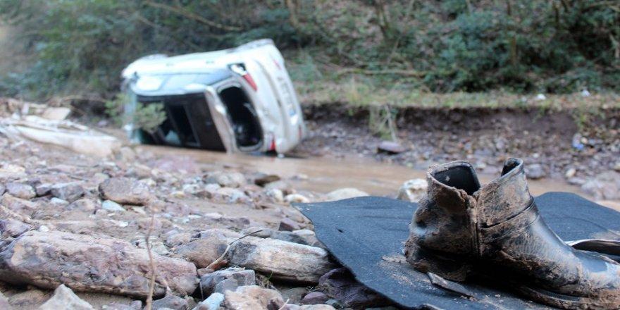 Kazada yaralanan genç kurtarılamadı
