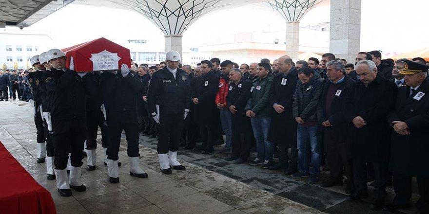 Şehit polis memuru, son yolculuğuna uğurlandı