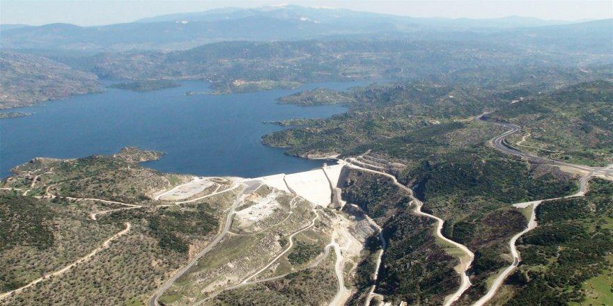 Türkiye'de bir kişi için günde 1,8 ton su harcanıyor