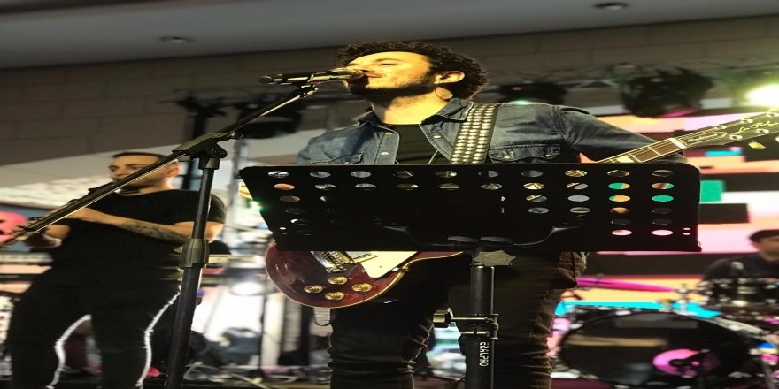Highway AVM'de Buray konseri