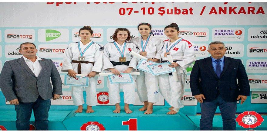 Osmangazili judoculardan bronz madalya