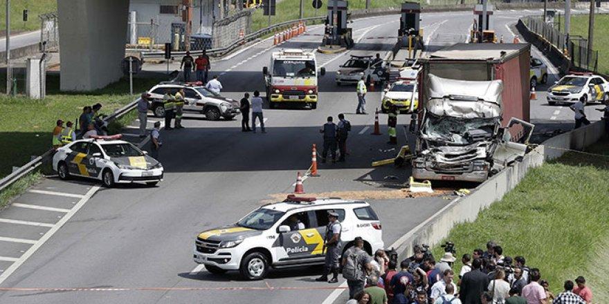 Ünlü gazeteci helikopter kazasında öldü