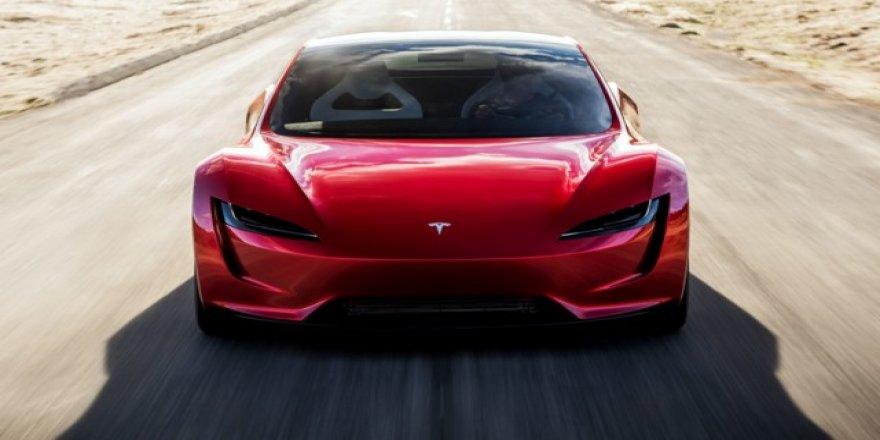 Tesla araçlarına köpek modu geldi!