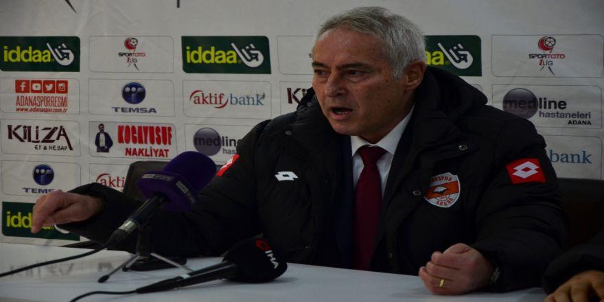 Adanaspor, Coşkun Demirbakan ile yollarını ayırdı
