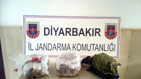 Diyarbakır'da yolcu treninde 11 kilo esrar ele geçirildi