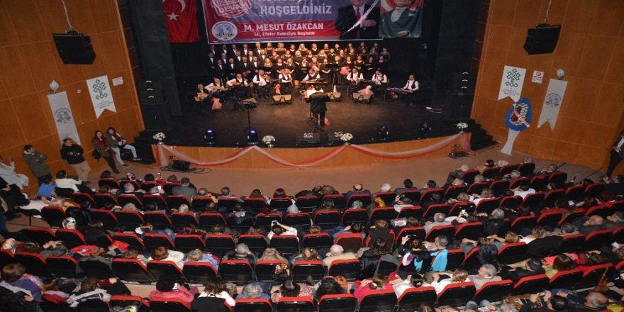 TSM Korosu'ndan beğeni toplayan konser