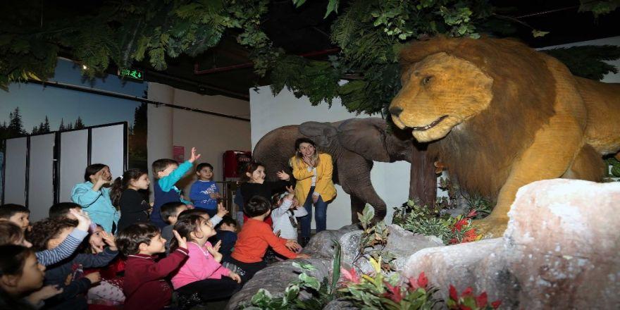 Evrensel Değerler Çocuk Müzesi ve Bilim Merkezi 35 bin çocuğu ağırladı