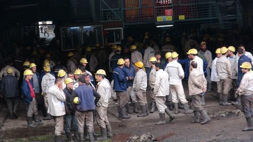 Maden Ocağında Yangın, İşçiler Tahliye Edildi