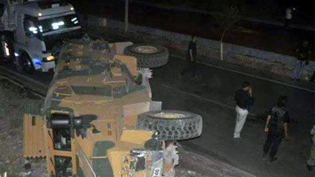 Şırnak'ta Askeri Araç Devrildi: 13 Asker Yaralı!