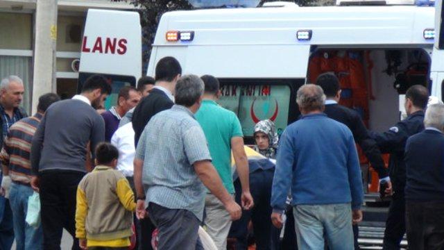Çayırova'da Bir Otomobil Yandı: 1 Kişi Yaralandı