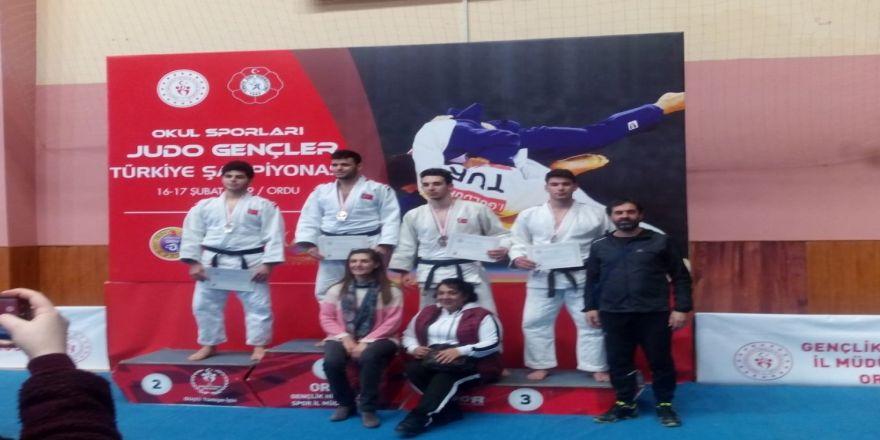Judoda Türkiye 3.'sü oldu