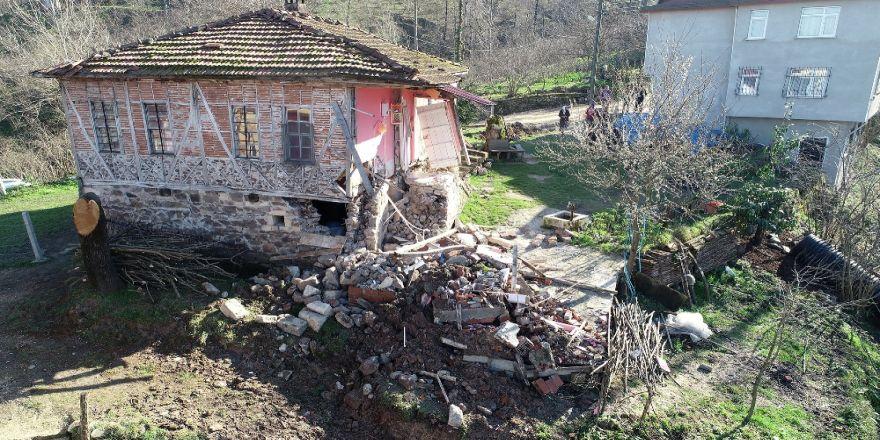 Ordu'da heyelandan 7 ev boşaltıldı