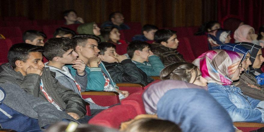 Perde Erzurumlu öğrenciler için açıldı
