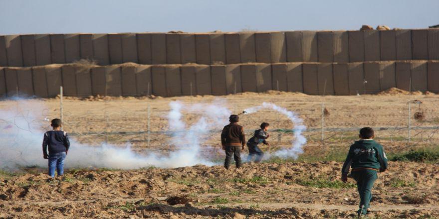 İsrail askerleri 1 Filistinli çocuğu şehit etti