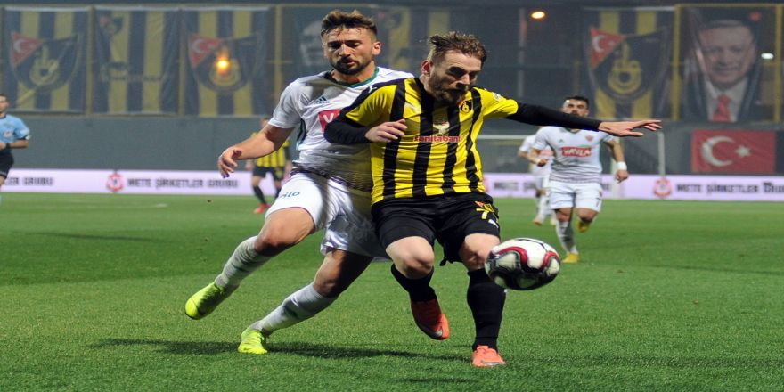 Hatayspor, İstanbulspor'u 3 golle geçti