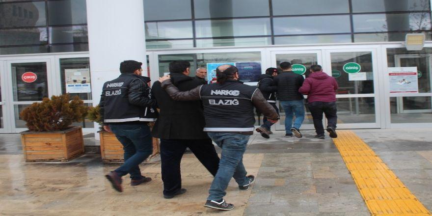 Elazığ'da uyuşturucu operasyonu : 2 tutuklama
