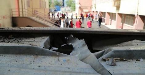 PKK'lılar,Okul Bahçesine El Yapımı Bomba Attılar