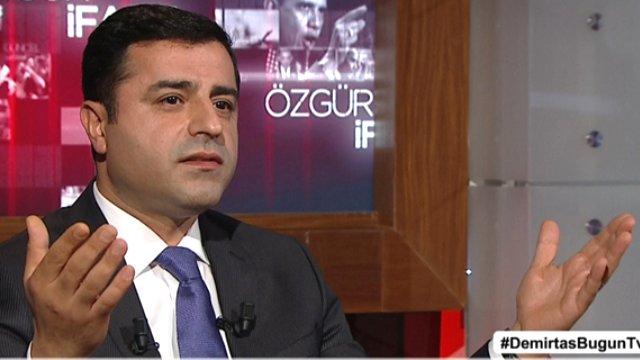 Demirtaş'tan Türk bayrağıyla ilgili şok sözler!