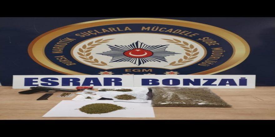Bursa Narkotik Polisinden Uyuşturucu Tacirlerine Baskın