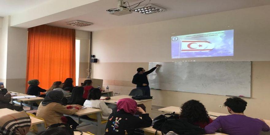 """Bartın Üniversitesi'nde """"Kıbrıs Türk Edebiyatı"""" Dersi Açıldı"""