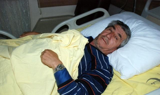 Depremde Balkondan Atlayan Şahıs Yaralandı
