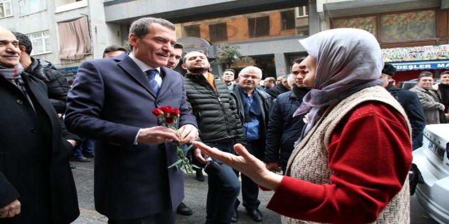 Zeytinburnu'ndaki Batı Trakyalı Türklerden Arısoy'a Tam Destek