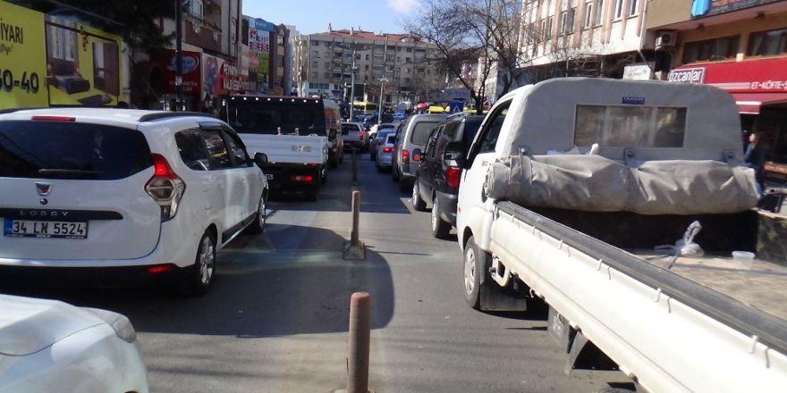 Tekirdağ'ın Prestijli Caddesinde Çile Bitmiyor