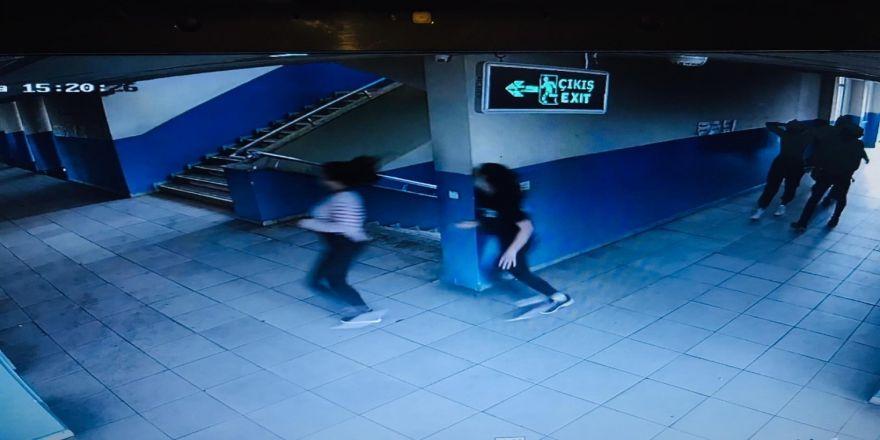 Antalya'da Okul Basan 9 Öğrencinin Görüntüleri Kamerada