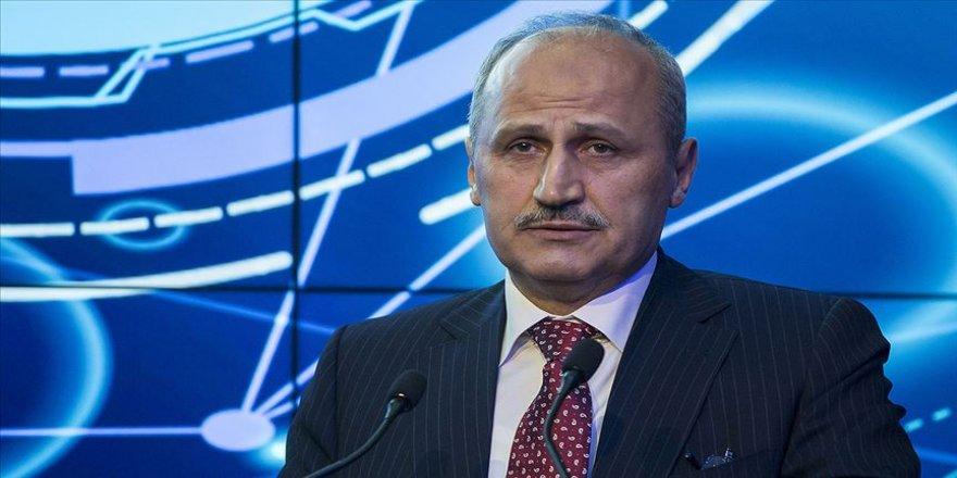 Ulaştırma ve Altyapı Bakanı Cahit Turhan: 5G hizmeti 2020'de önemli merkezlerde hizmete sunulacak