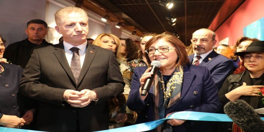 2. Uluslararası Kadın Sanatçılar Çalıştayı Sergisi Açıldı