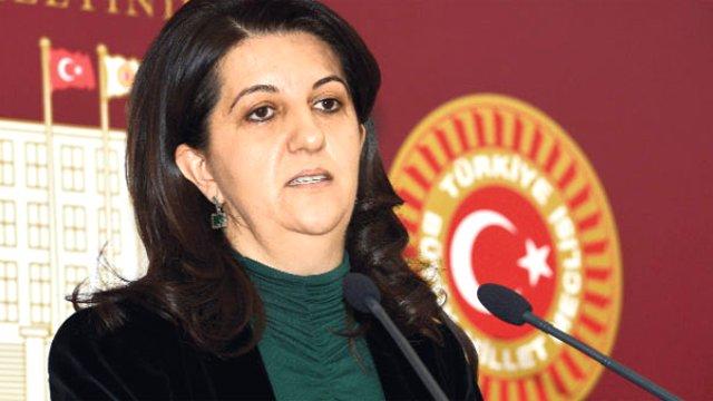 Pervin Buldan'ın Türkiye Maçı Paylaşımı Alay Konusu Oldu