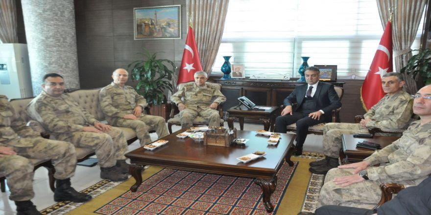 Jandarma Genel Komutanı Orgeneral Arif Çetin Bitlis'te