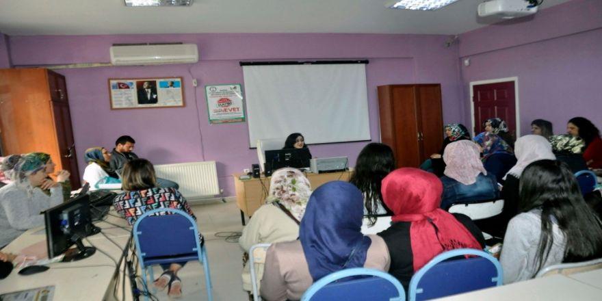 Kızıltepe'de Yetişkinlere Yönelik Bağımlılık Eğitimi Verildi