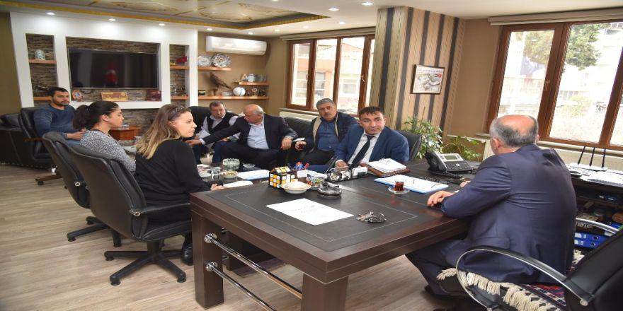 Dursunbey Osb'de İlk Yatırımcı İle İmzalar Atıldı