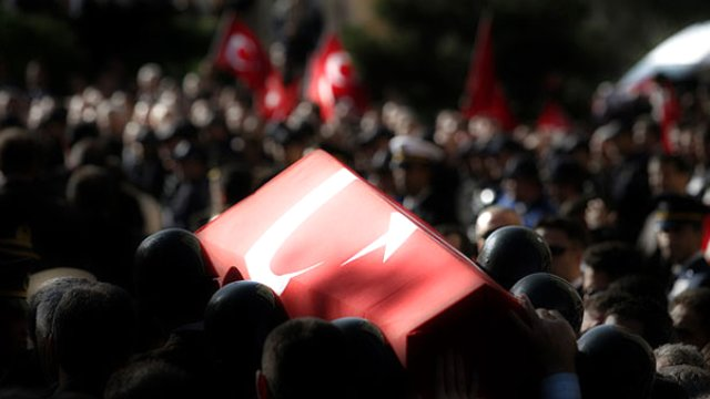 Dağlıca'da Şehit Düşen Yarbay Ejdar'ın Ankara'daki Evinde Yas